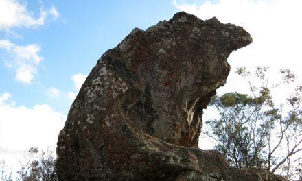 Summit Walk – Hanging Rock Recreation Reserve – Woodend – Victoria