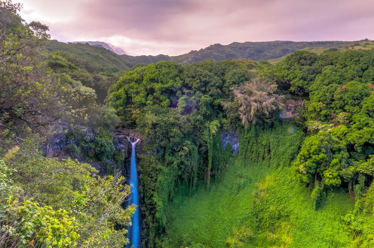 Hiking Hawaii: Makahiku Falls - Pipiwai Trail
