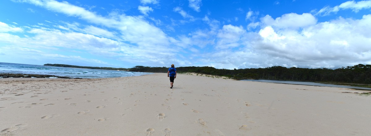 Nerindillah Lagoon & Monument Beach – Conjola National Park – New South Wales (Bare Bones Bushwalking)