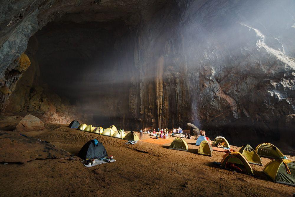 Explore Son Doog Cave (Hang Son Doog) near Phong Nha - Vietnam