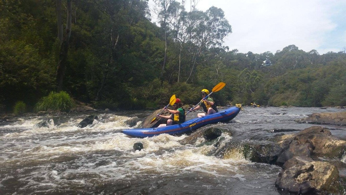 White Water Kayaking - Yarra River - Melbourne - Australia