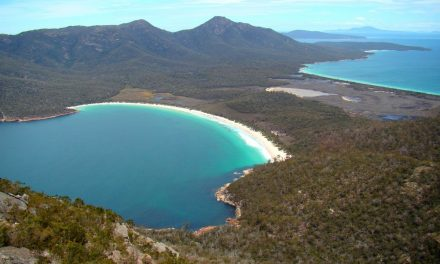 Freycinet Peninsula Circuit: A mesmerizing coastal hiking experience (Freycinet National Park, Tasmania)